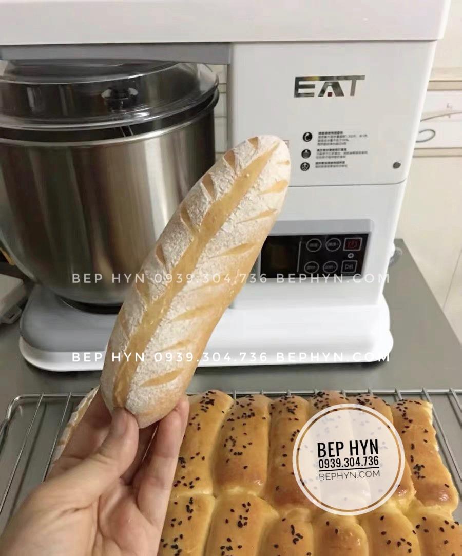 Máy trộn bột Hauswirt EAT M6